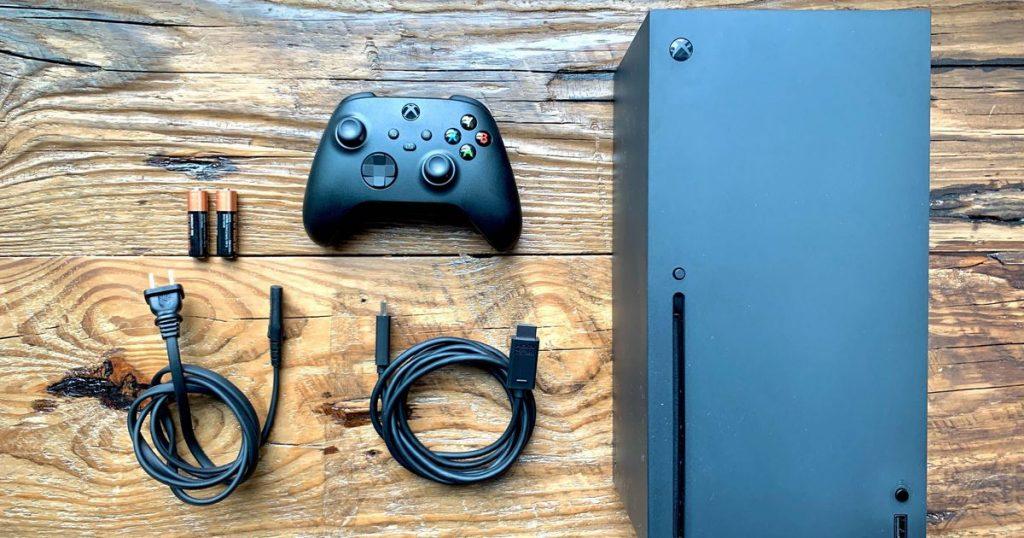 что в коробке Xbox Series X - обзор игровой консоли от Microsoft