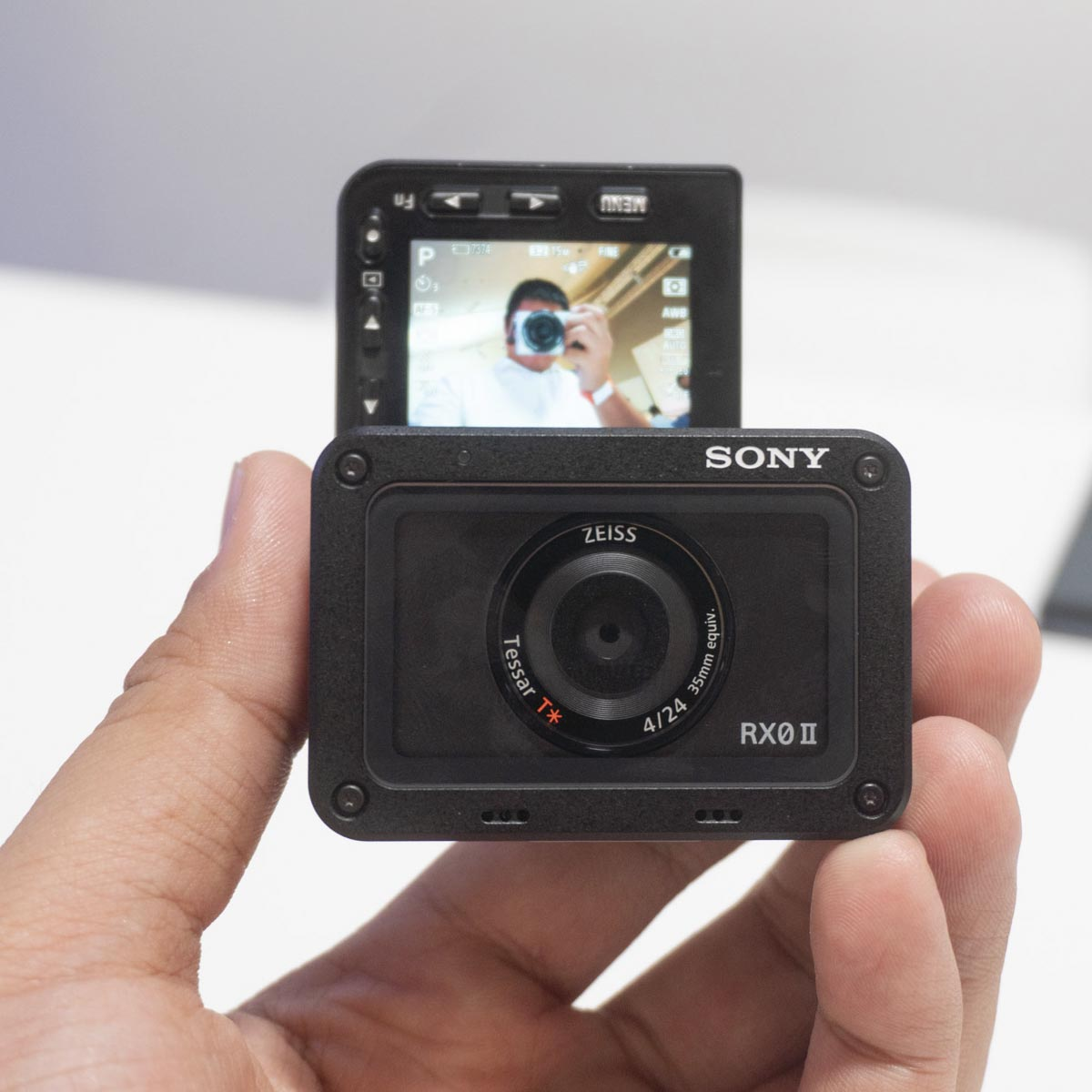 Sony RX0 II обзор экшен камеры