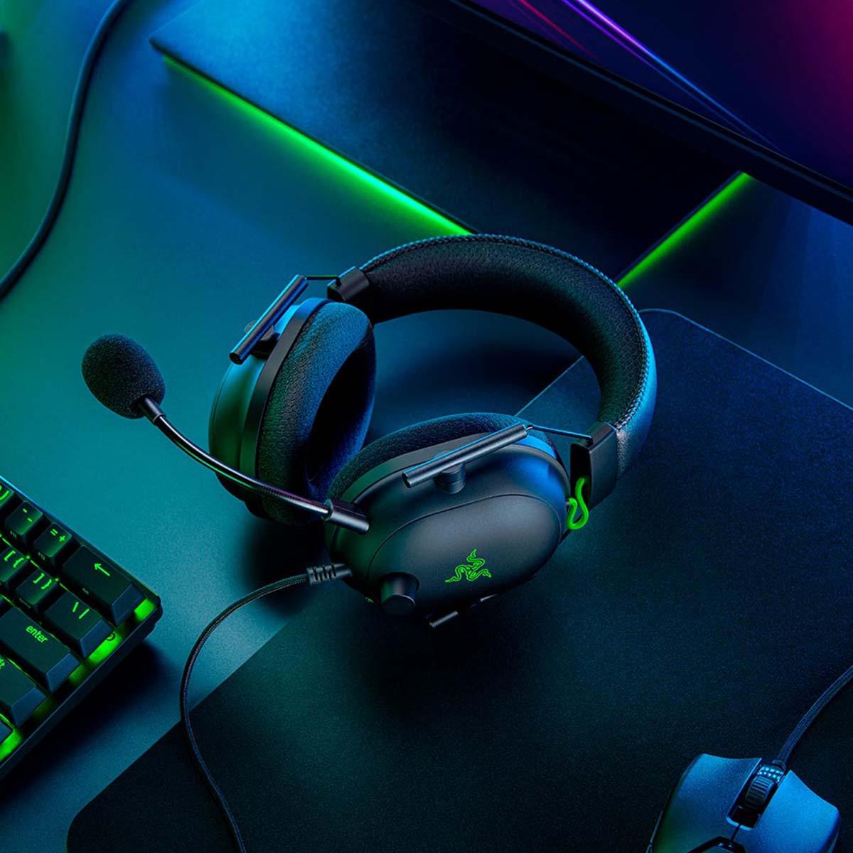 Razer Blackshark V2 обзор игровой гарнитуры